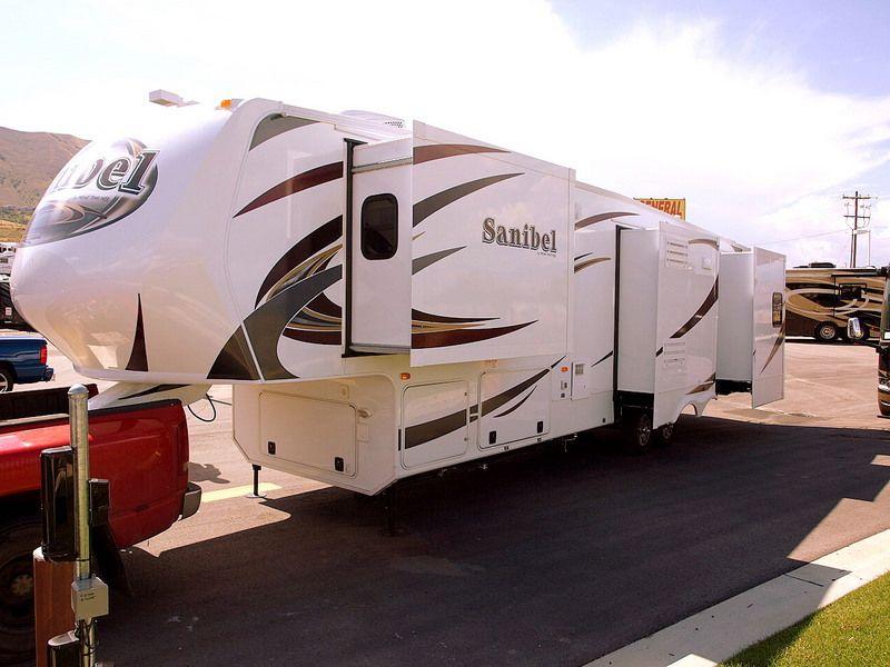 2012 New RV Prime Time Sanibel 3500RL